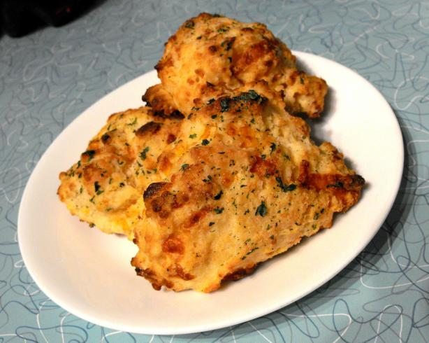 Red Lobster Garlic Cheese Biscuits