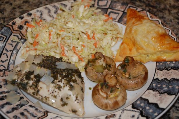 Lahanosalata (Greek Cabbage Slaw / Salad)