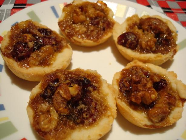 Christmas Cranberry-Nut Tassies (Mini)