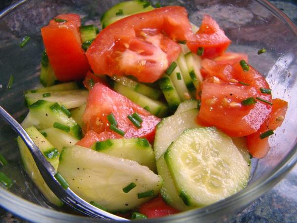My Mother's Easy Cucumber Salad With Tomatoes and Chives