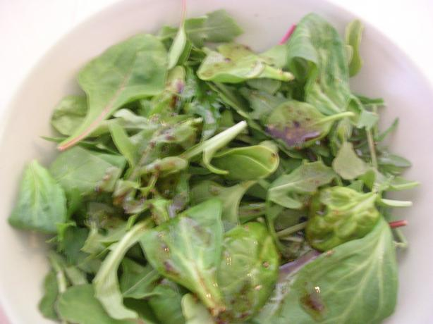 Mangia Mangia Balsamic Vinaigrette on Baby Greens