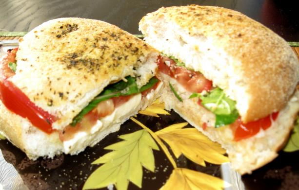 Perfect Summer Sandwich (Tomato, Basil, Cheese)