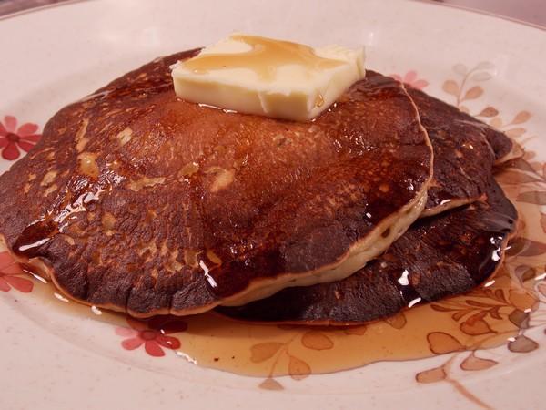 Aunt Helen's Buttermilk Pancakes