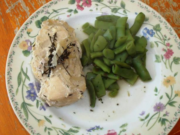 Chicken With Thyme and Cream Sauce - Crock-Pot (ZWT8)