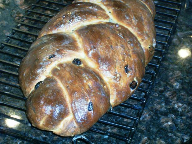 Raisin Walnut Wheat Bread