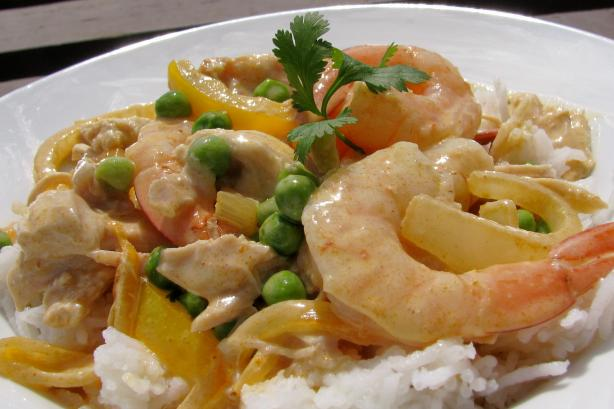 Quick Chicken and Shrimp Curry (Make-Ahead Option)