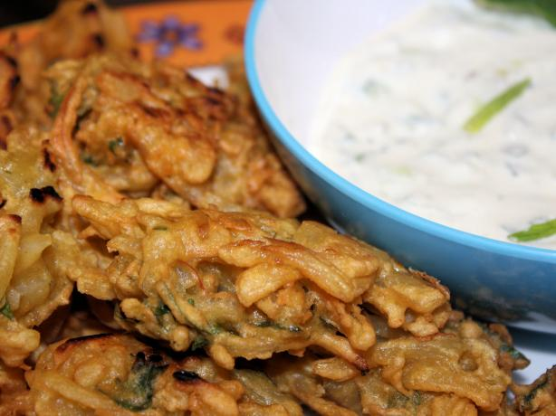 Onion Bhaji (Indian Onion Fritters)
