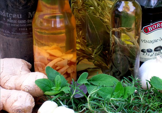 Herbal Vinegar with Garlic & Basil