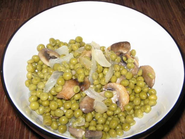 Easy Peppered Peas & Mushrooms