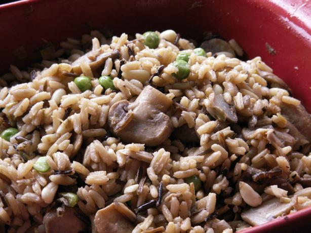 Oven-Baked Wild Rice Pilaf With Mushrooms