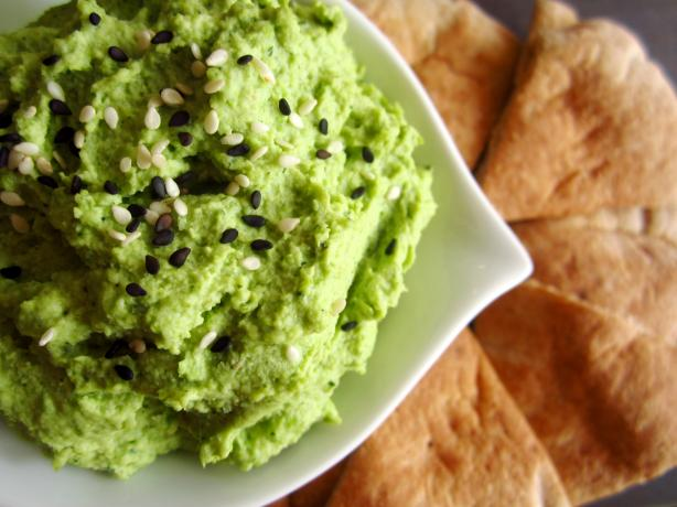 Edamame Hummus With Pita Crisps