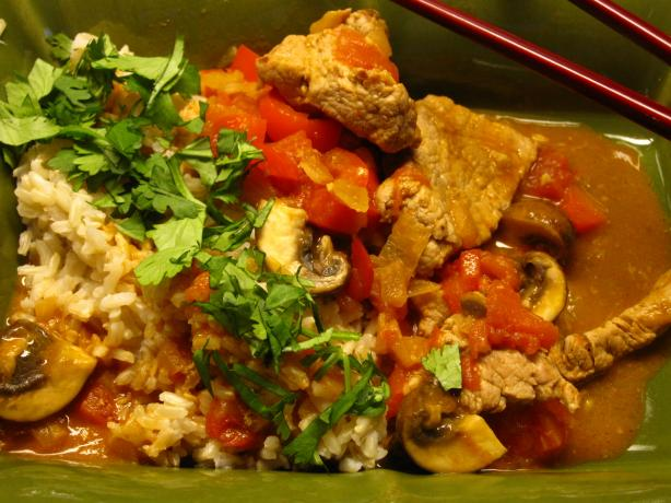 Red Curry Pork With Peppers