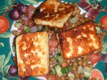 Halloumi and Lentil Salad