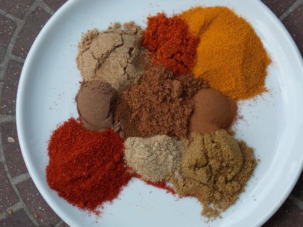 Ras El Hanout a Moroccan Spice Blend by Rachael Ray