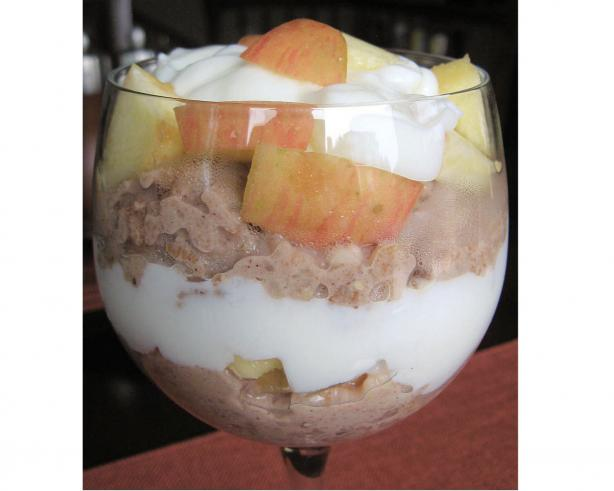 Hungry Girl Cinn-A-Nilla Apple Oatmeal Parfait