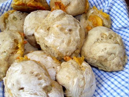 Cheddar and Onion Rye Rolls