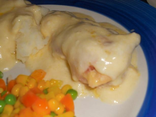 Bacon Wrapped Chicken With Sour Cream Sauce