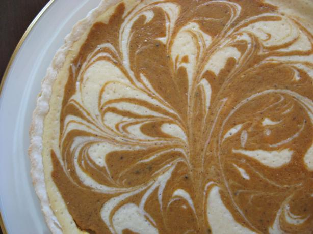 Pumpkin-Swirl Cheesecake Tart
