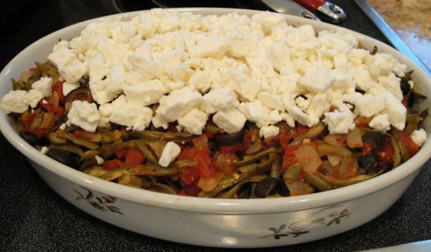 Green Beans With Tomatoes and Feta Cheese(Fasolakia Me Domata Ka