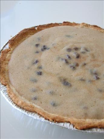 Mock Sour Cream Raisin Pie