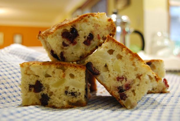 Cointreau, Cranberry & Apple Cake