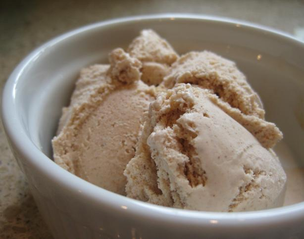 Cinnamon Ice Cream (for electric ice cream machine)