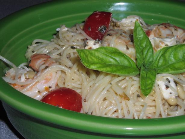 Shrimp With Tomato & Basil Pasta