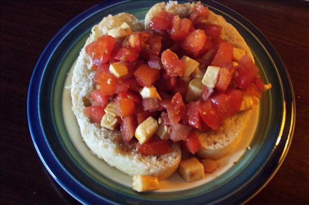 Easy Tomato Mozzarella Bruschetta
