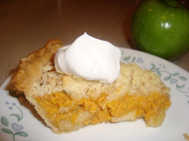 Crumb-Topped Apple & Pumpkin Pie