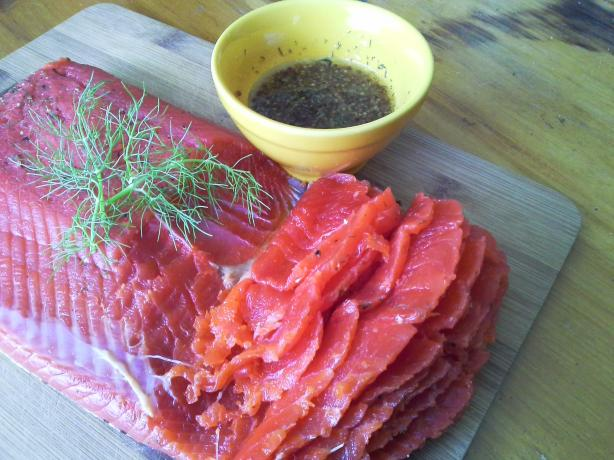 Gravlax (Fresh Salmon Marinated in Dill)