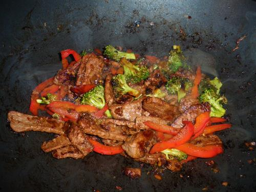 Healthy Beef and Broccoli Stir-Fry
