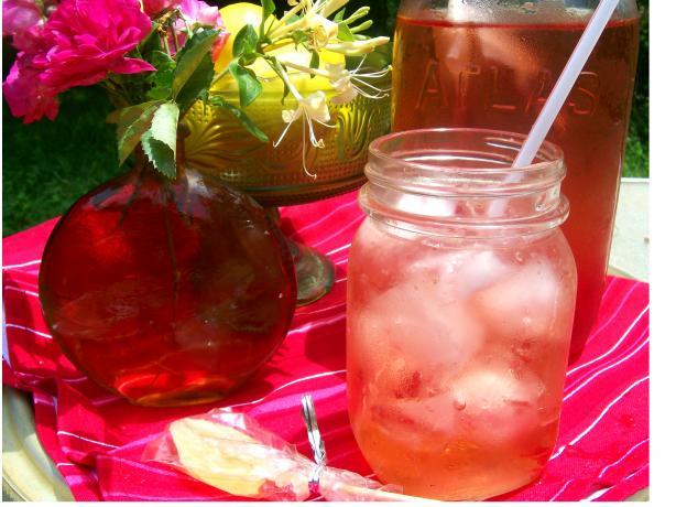 Simple Herbal Iced Tea (Sugar-Free)