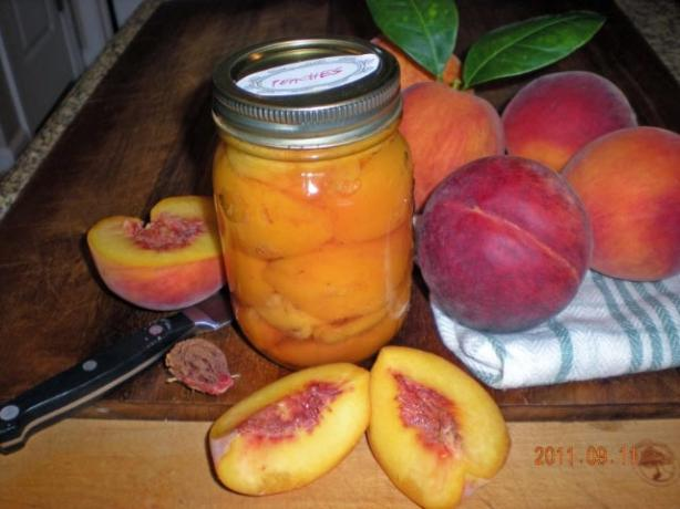 Canned Peaches Light, No Sugar Added