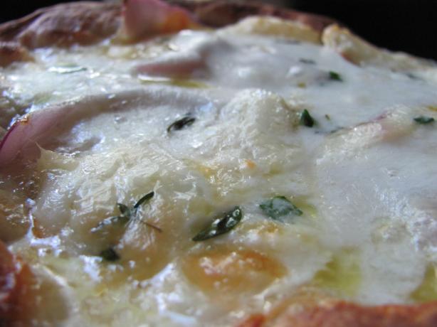 Quattro Formaggi (Four Cheese Pizza)