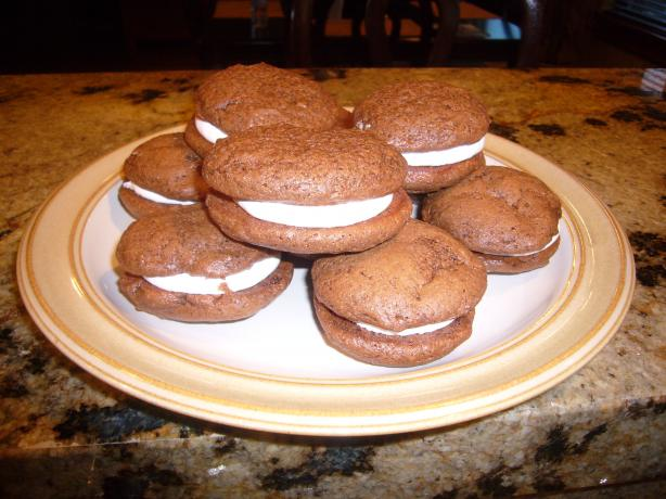 Whoopie Pies With 7 Minute Frosting