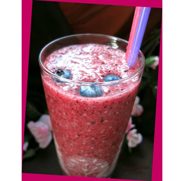 Splenda Strawberry Blueberry Smoothie