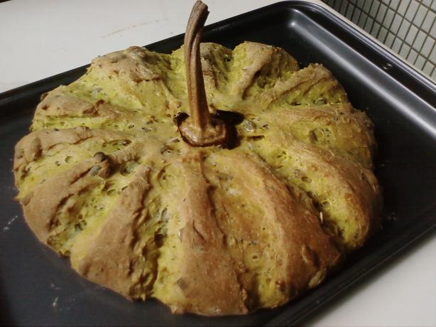 Nutty Pumpkin Yeast Bread