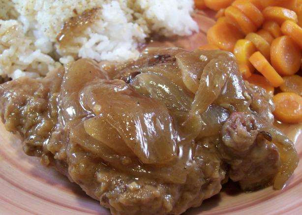 """swiss"" Round Steak With Onion Gravy"