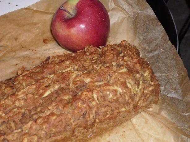 Moist Cinnamon Apple Quick Bread