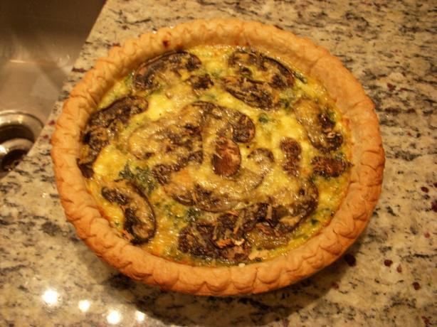 Spinach Mushroom Cheesy Quiche