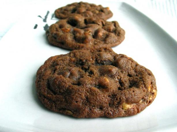 Chocolate Peanut-Butter-Butterscotch Cookies