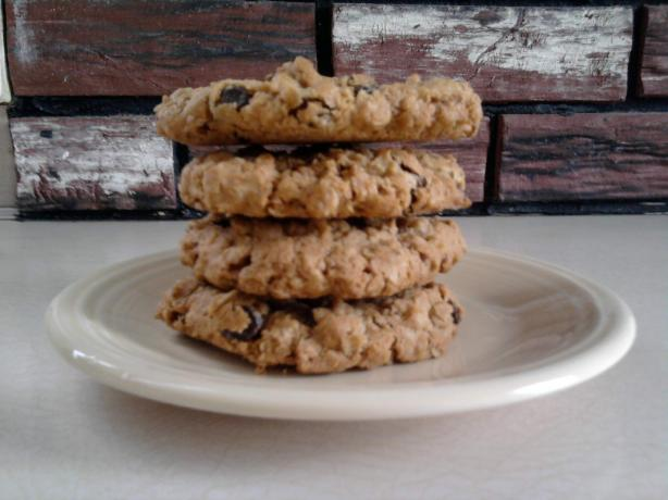 Rachael Ray's Oatmeal-Raisin Cookies