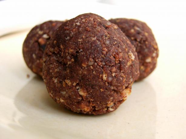 Amaretto Cookies (No Bake)