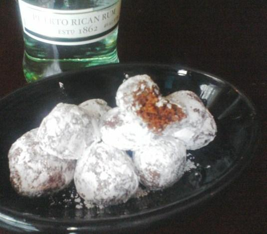 Aunt Helen's Rum Balls
