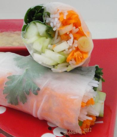 2 Points Plus - Crunchy Veggie Rolls With Peanut Dipping Sauce