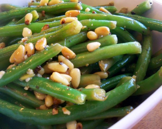 Lemon Pine Nut Green Beans
