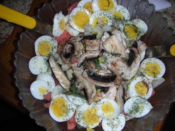 Smoked Salmon Luncheon Salad Bowl