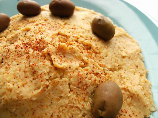 Mediterranean Hummus Appetizer