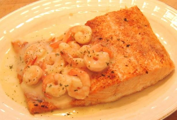Salmon With Herb-Shrimp Sauce Ww