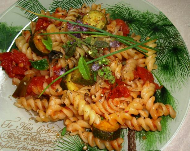 Summer Pasta With Herbs and Veggies